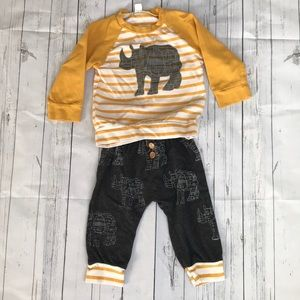 Rhinoceros 12-18 months long sleeve outfit